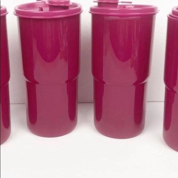 New!!  Tupperware thirstquake tumbler set